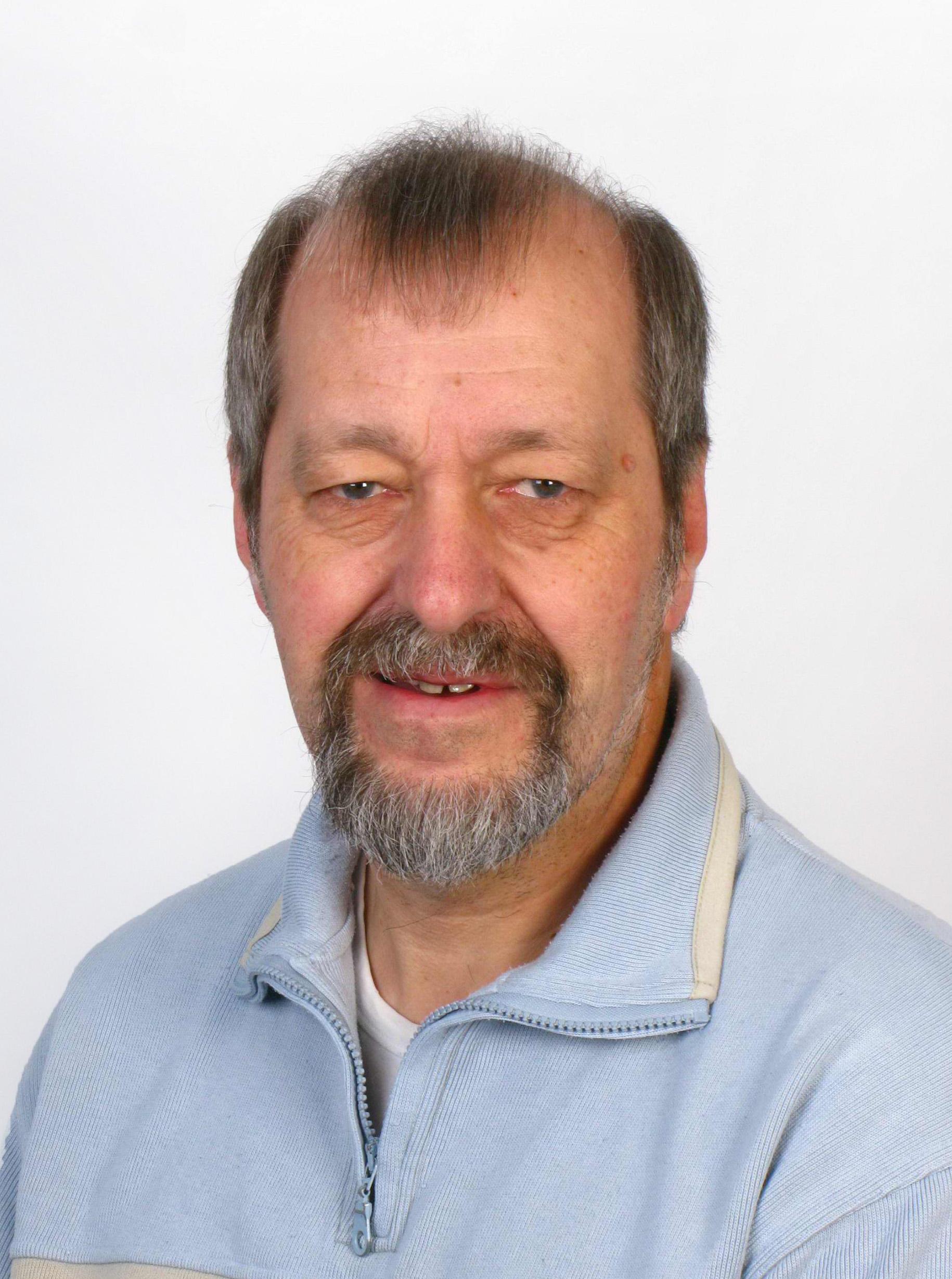 Afbeelding Henk van Akkeren, coördinator van Stichting EHBO Amsterdam en Omstreken