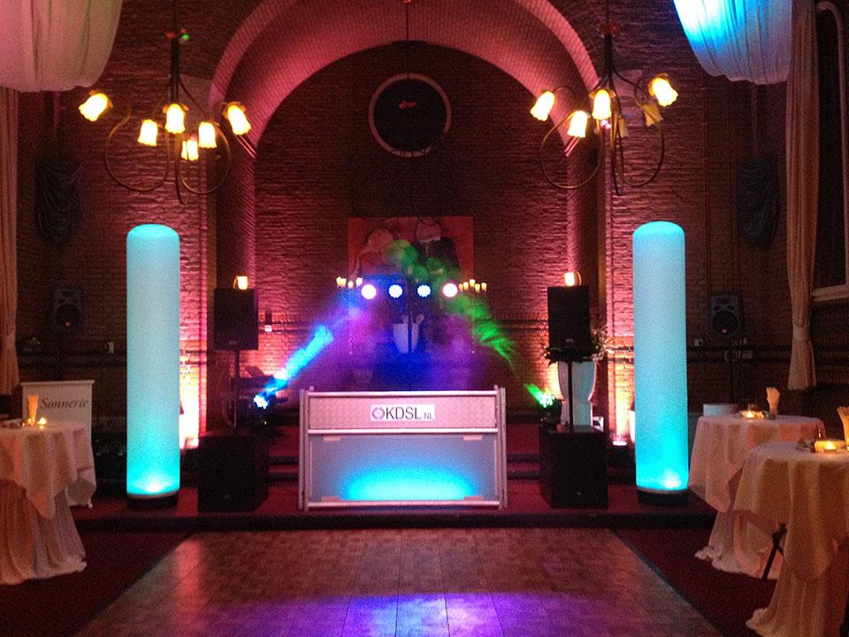 Foto van de set van een grote Drive-in show van KDSL events